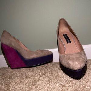 Color block wedge heel pump!